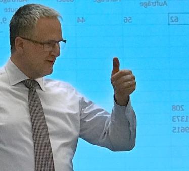 Dr. Markus Hagen übernimmt Lehrauftrag